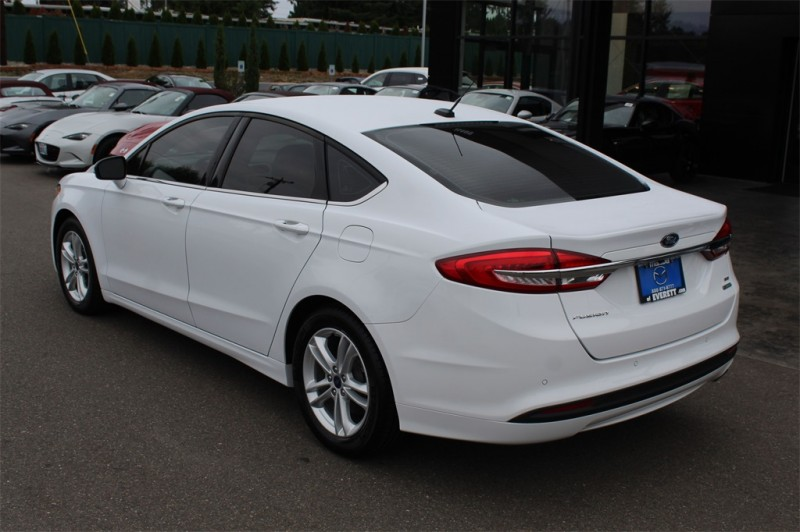 Ford Fusion 2018 price $13,999