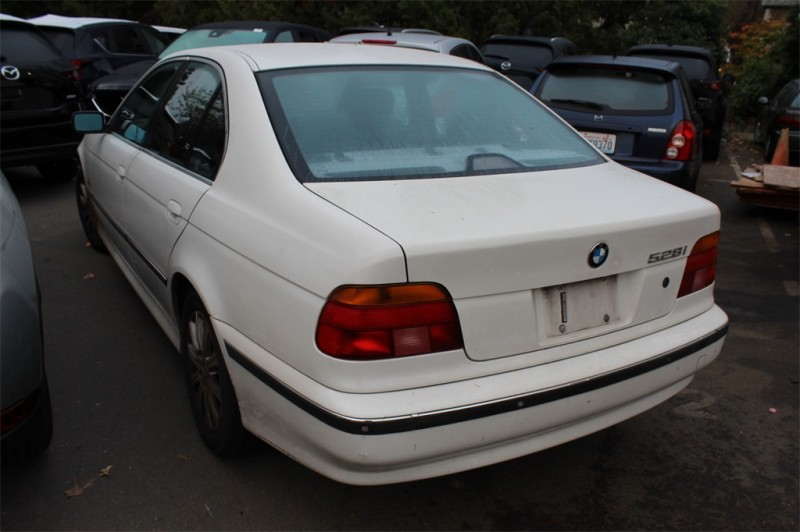 BMW 5 Series 2000 price Call for Pricing.