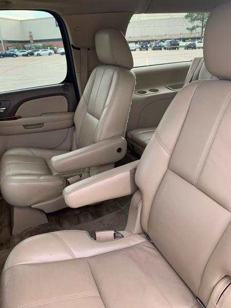 GMC Yukon XL 2011 price $0