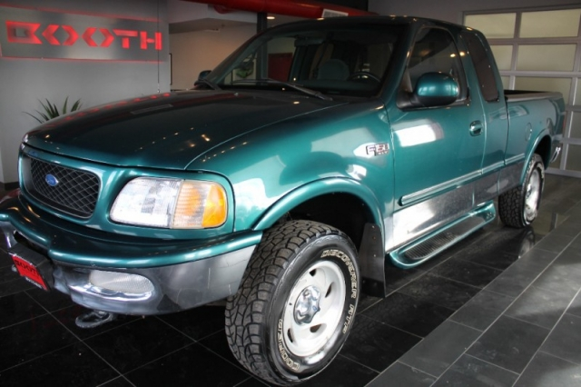 1997 Ford F-150 Extended Cab XLT