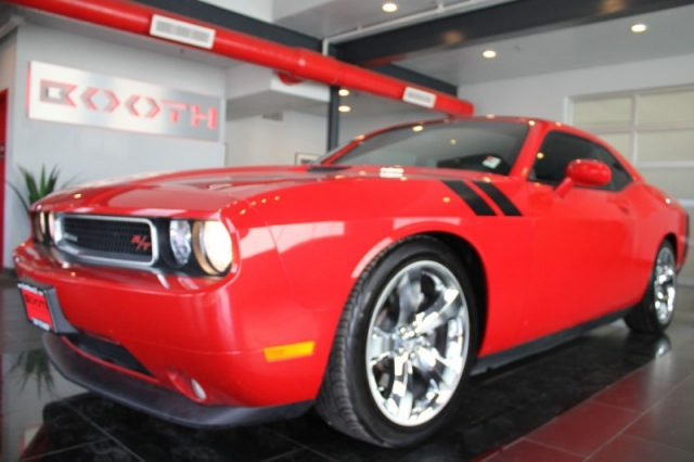 2013 Dodge Challenger R/T Automatic