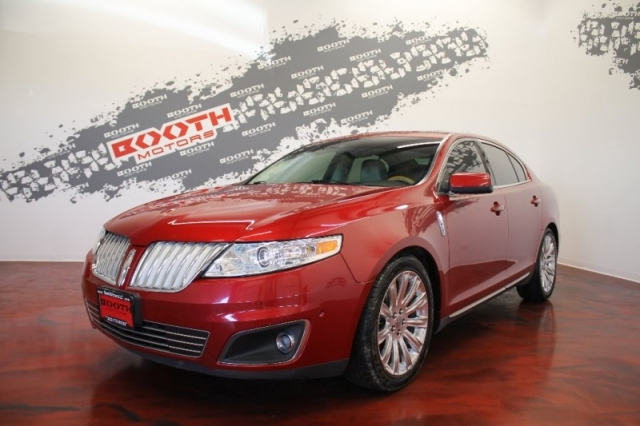 2011 Lincoln MKS AWD Loaded!