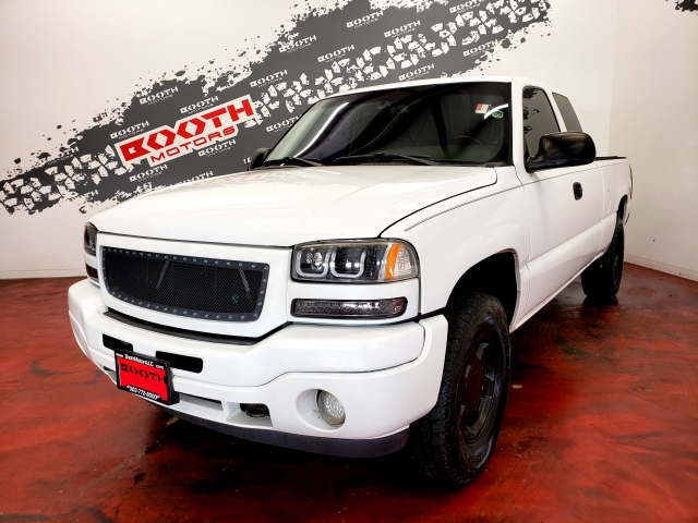 2005 GMC Sierra 1500 SLE Extended Cab 4WD