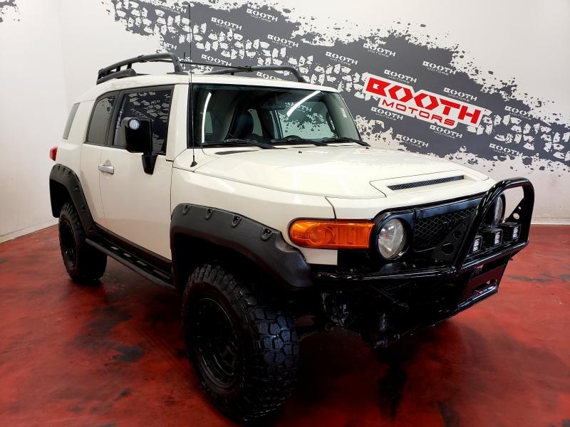 Toyota FJ Cruiser 4WD 2013 price $25,495