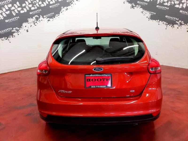 Ford Focus SE Hatchback 2018 price $10,495