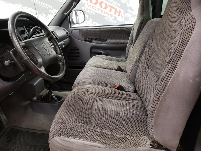 Dodge Ram 1500 SLT Reg Cab 4WD 1999 price $4,495
