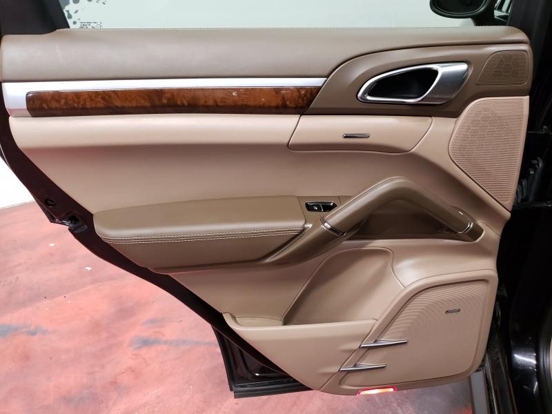 Porsche Cayenne GTS AWD 2013 price $33,995