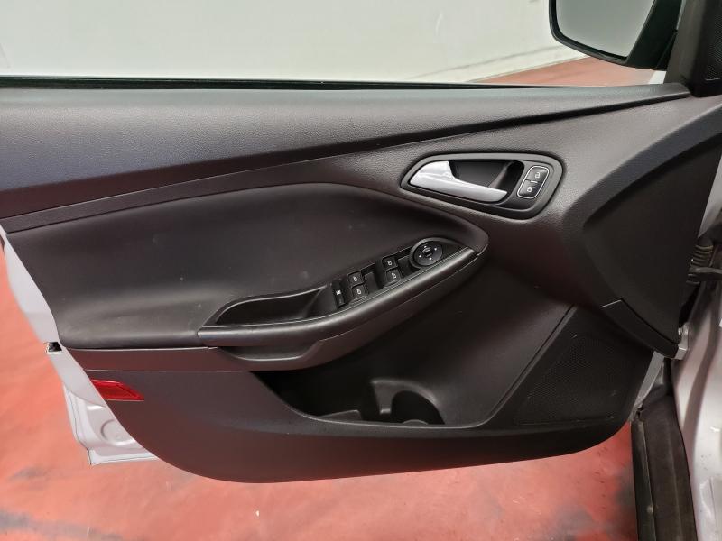 Ford Focus SE Hatch 2018 price $10,995