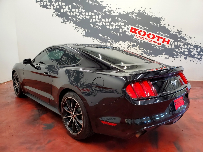 Ford Mustang Coupe 2016 price $17,495