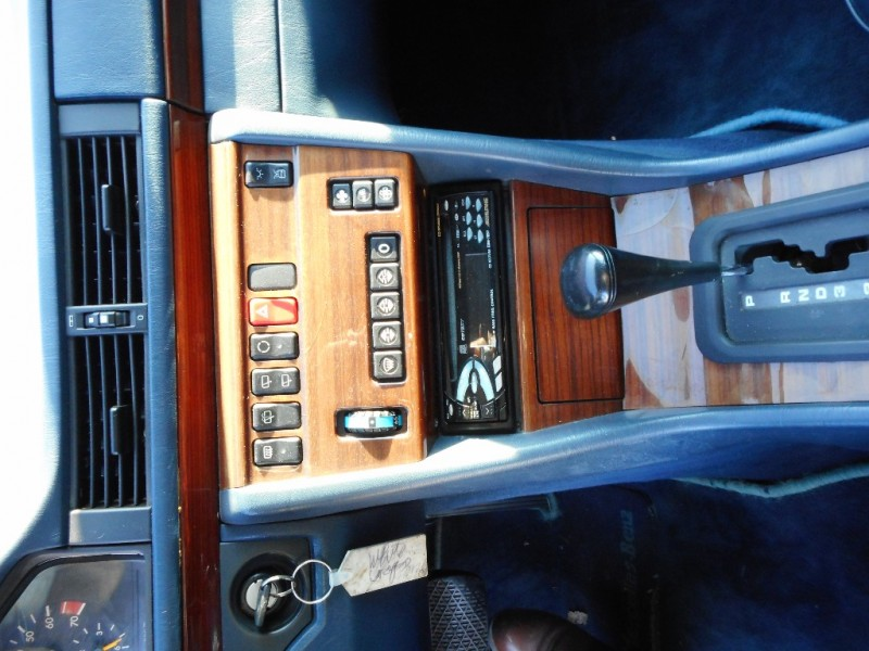 Mercedes-Benz 300 Series 1993 price $1,499