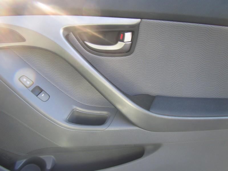 Hyundai Elantra 2012 price $8,500