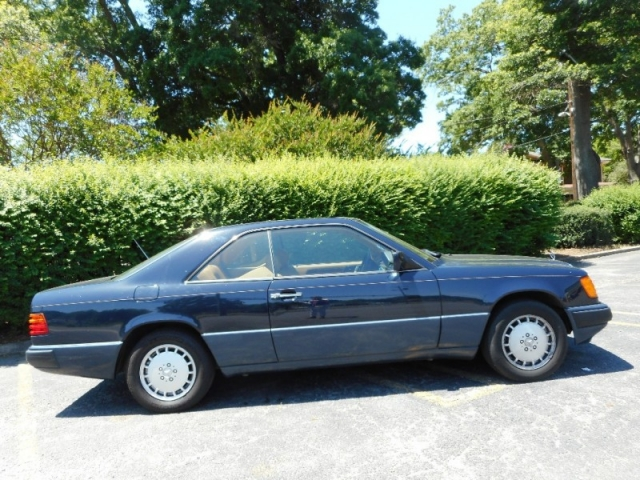 1991 Mercedes-Benz 300 Series