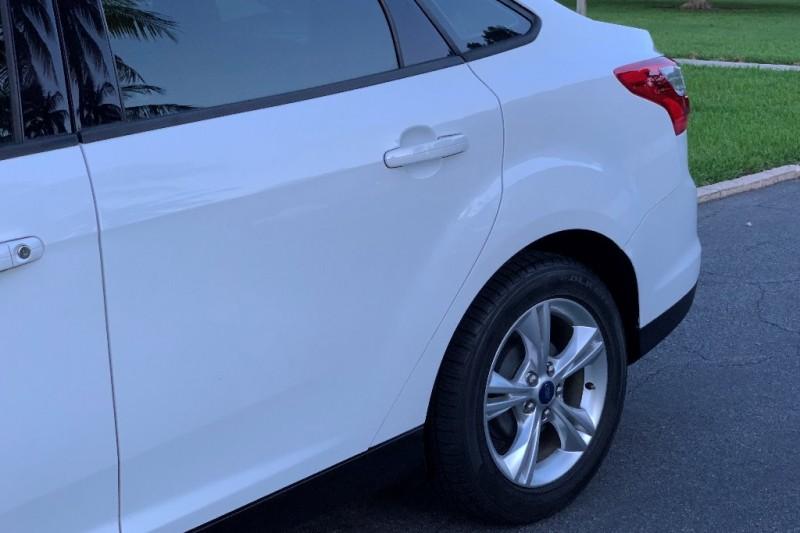 Ford Focus 2013 price $8,999