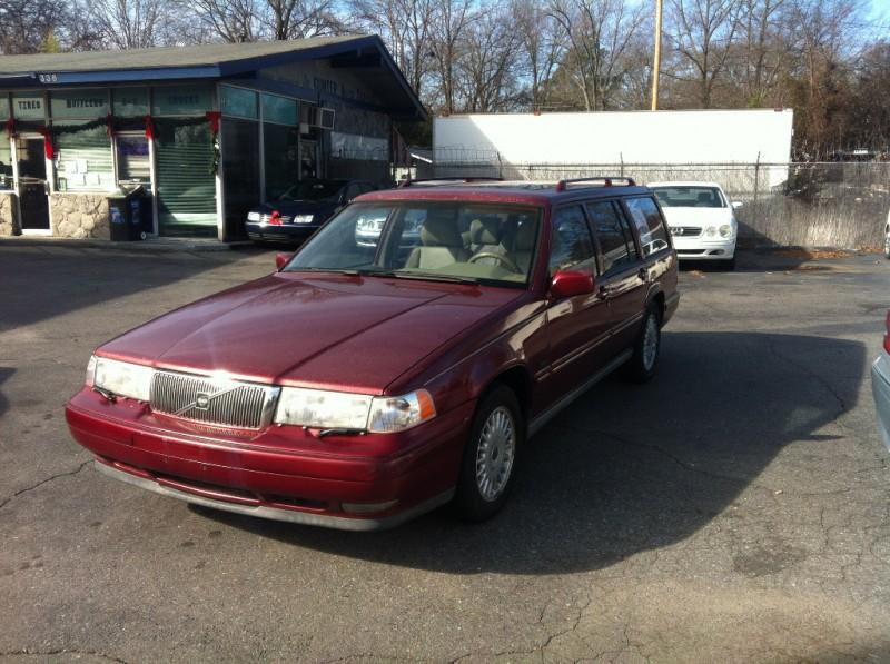 Volvo 960 1996 price $3,900