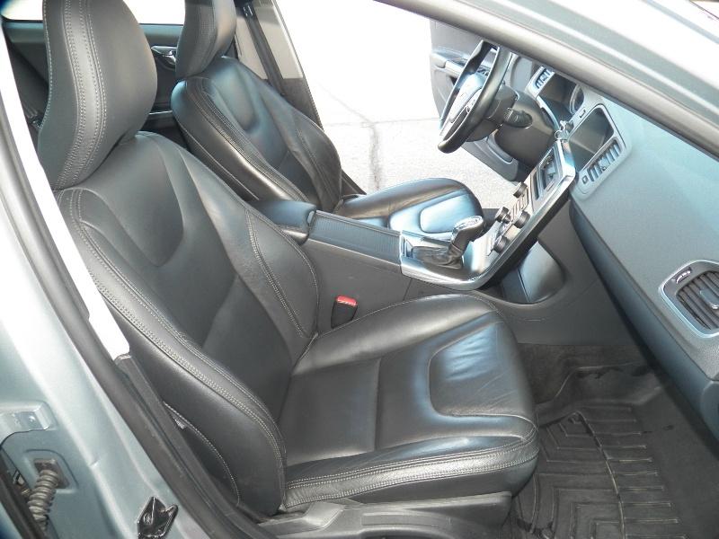 Volvo S60 2013 price $10,490