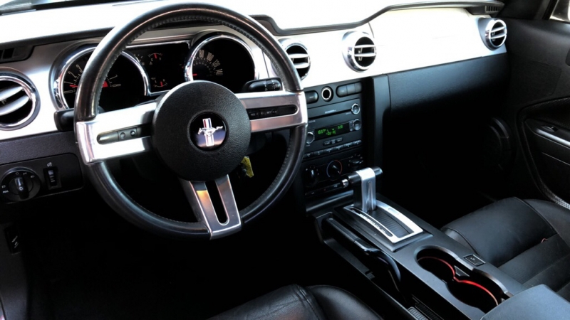 FORD MUSTANG 2008 price $13,900