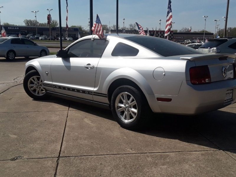 FORD MUSTANG 2009 price $10,900