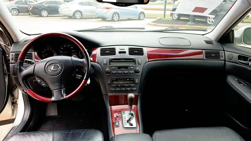 LEXUS ES 2004 price $9,950