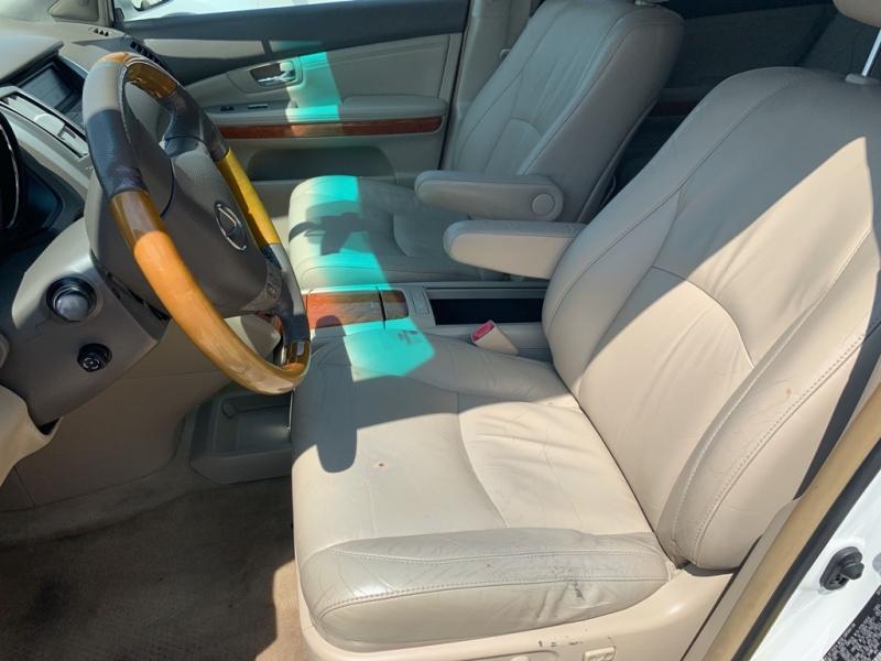 LEXUS RX 2005 price $13,900