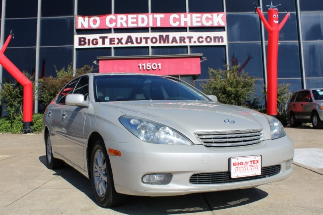 2002 lexus es 300 4dr sdn inventory big tex auto mart buy here pay here used car dealers. Black Bedroom Furniture Sets. Home Design Ideas
