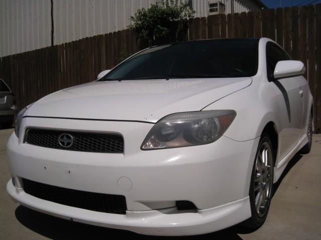 Scion tC 2005 price $3,995 Cash