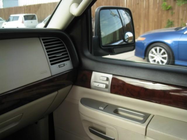 Lincoln Aviator 2003 price $3,995 Cash