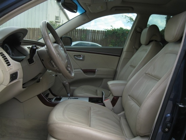 Hyundai Azera 2007 price $3,995 Cash