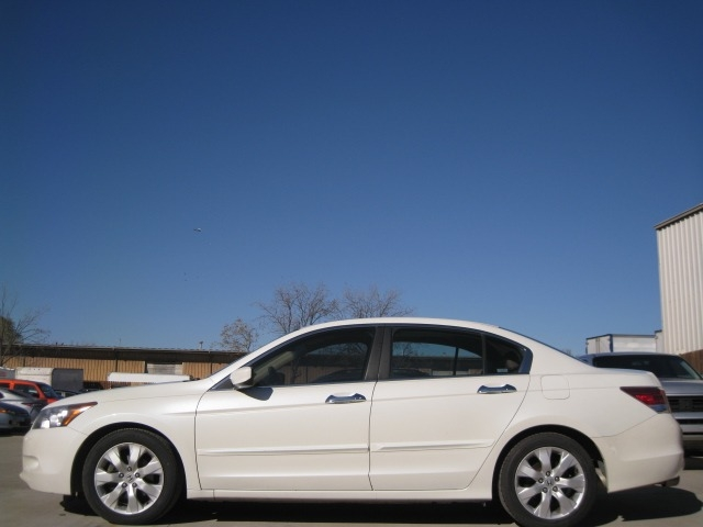 Honda Accord Sdn 2008 price $6,295 Cash