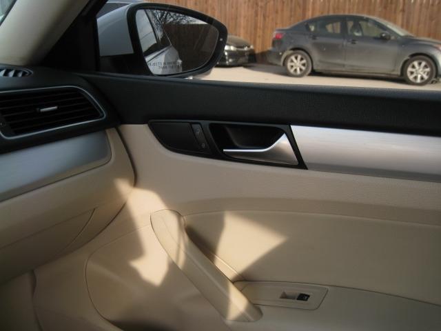 Volkswagen Passat 2012 price $5,995 Cash