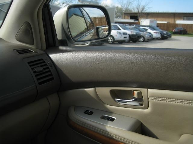 Lexus RX 330 2005 price $5,995 Cash