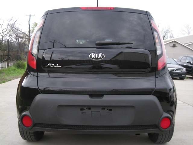 Kia Soul 2016 price $9,995 Cash