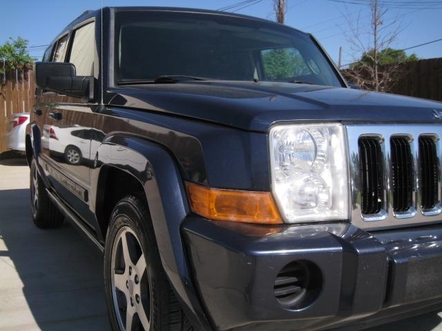 Jeep Commander 2008 price $4,995 Cash