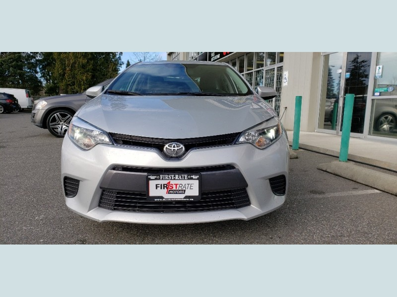 Toyota Corolla 2015 price $13,900