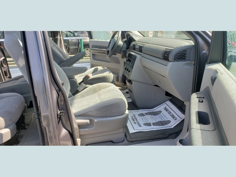 Ford Freestar 2005 price $3,900
