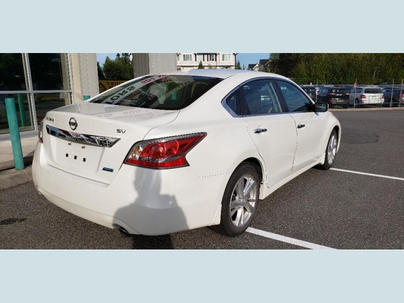 Nissan Altima 2014 price $14,900