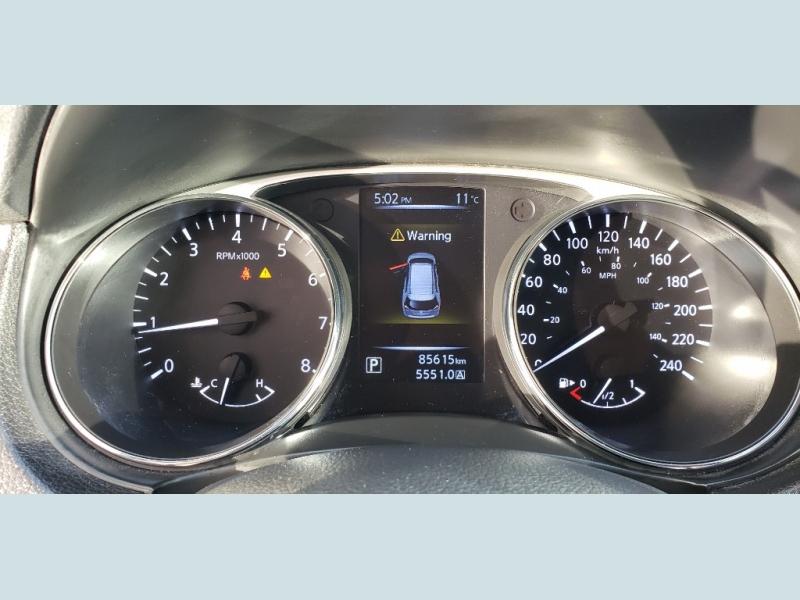 Nissan Rogue 2015 price $16,900