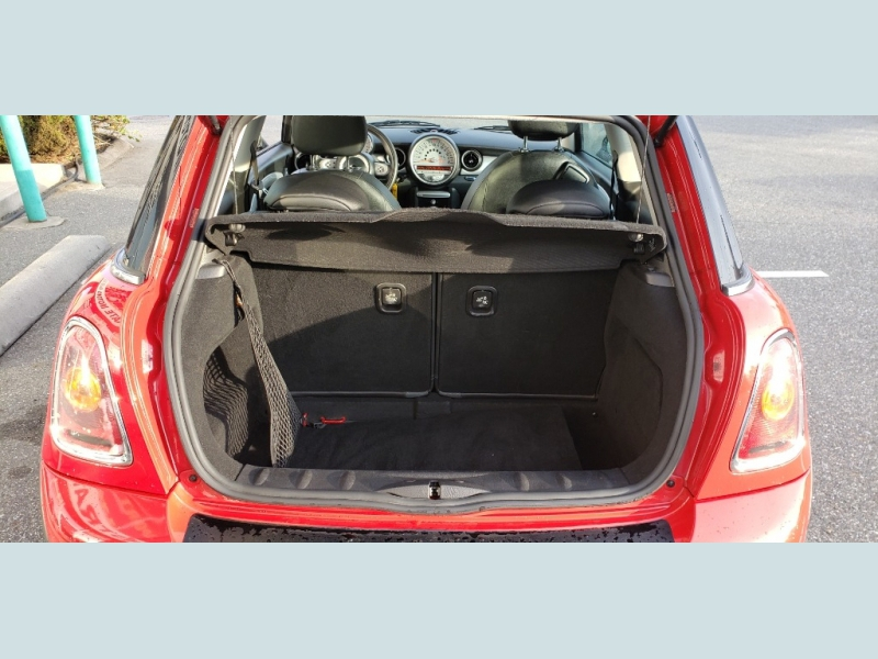 Mini Cooper Hardtop 2008 price $7,900