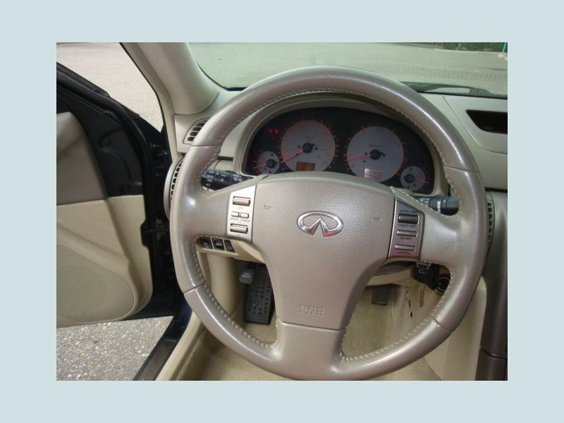 Infiniti G35 Sedan 2004 price $5,900