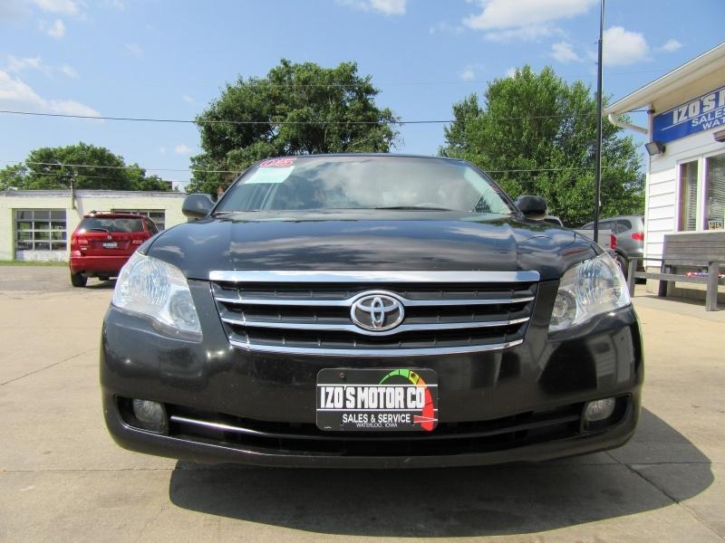 Toyota Avalon 2005 price $4,595