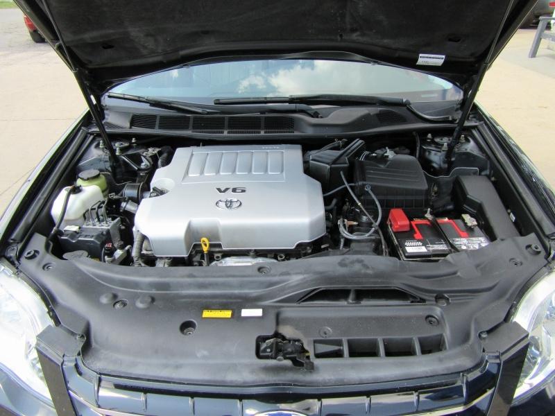 Toyota Avalon 2005 price $4,295