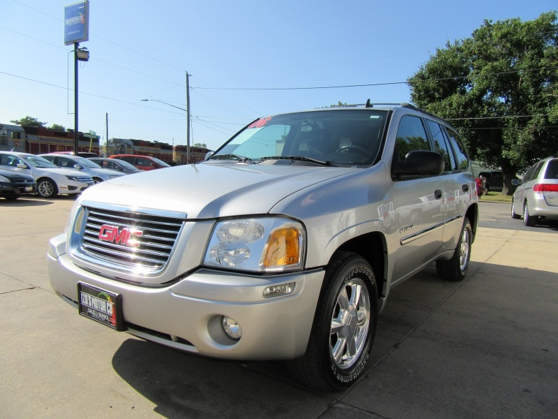 GMC Envoy 2006 price $5,595