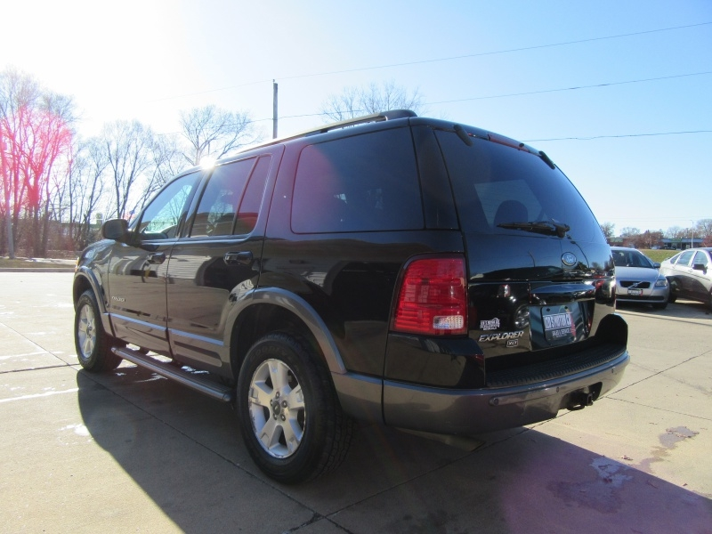 Ford Explorer 2004 price $3,595