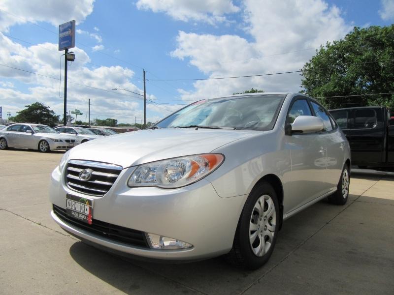 Hyundai Elantra 2009 price $4,595
