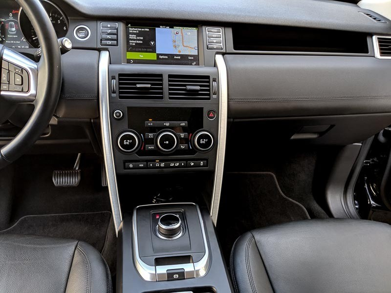 Land Rover Discovery Sport 2018 price $31,995