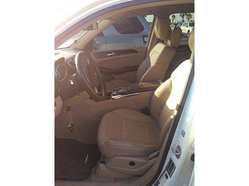 Mercedes-Benz GL 2016 price $36,995