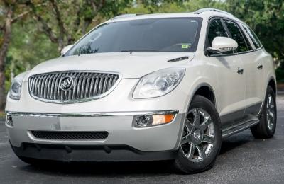 2008 Buick Enclave FWD 4dr CXL