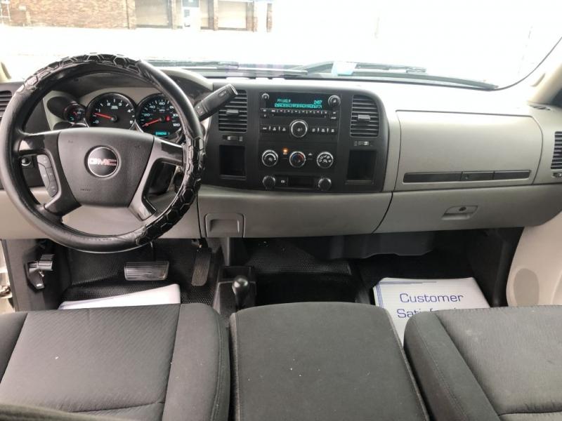 GMC SIERRA 4X4 2011 price $25,995