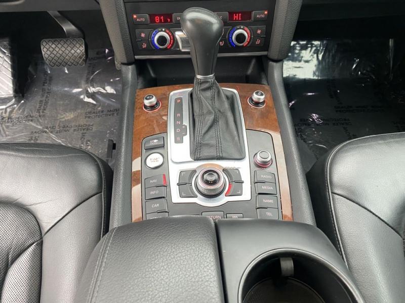 AUDI Q7 2011 price $13,999