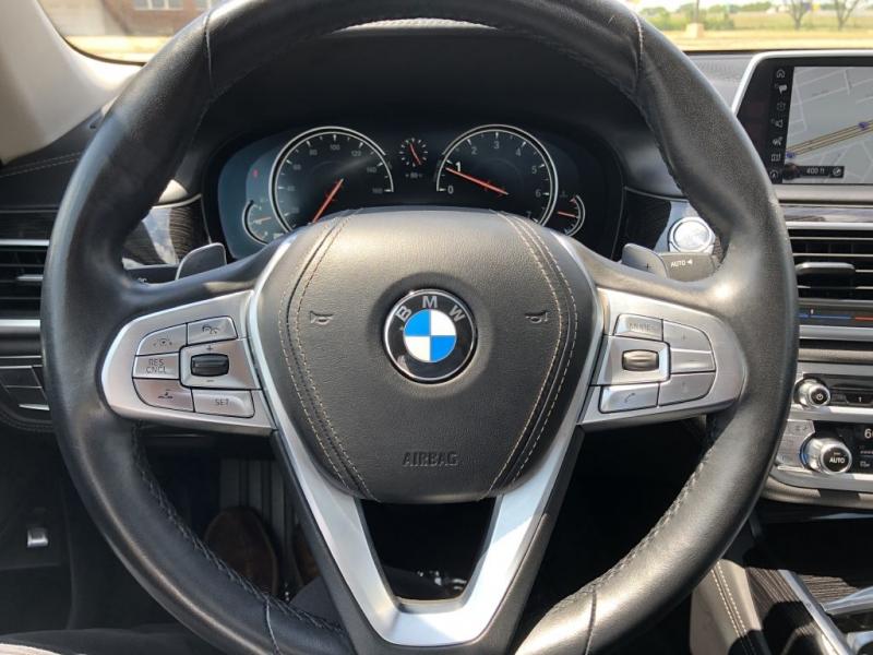 BMW 740 2016 price $29,481