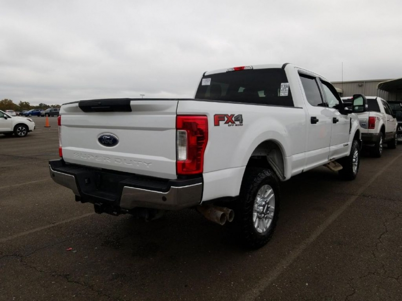 FORD F250 2018 price $35,999